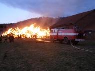 Požár skladu sena HNV_2